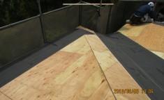 防水シート貼り (2)